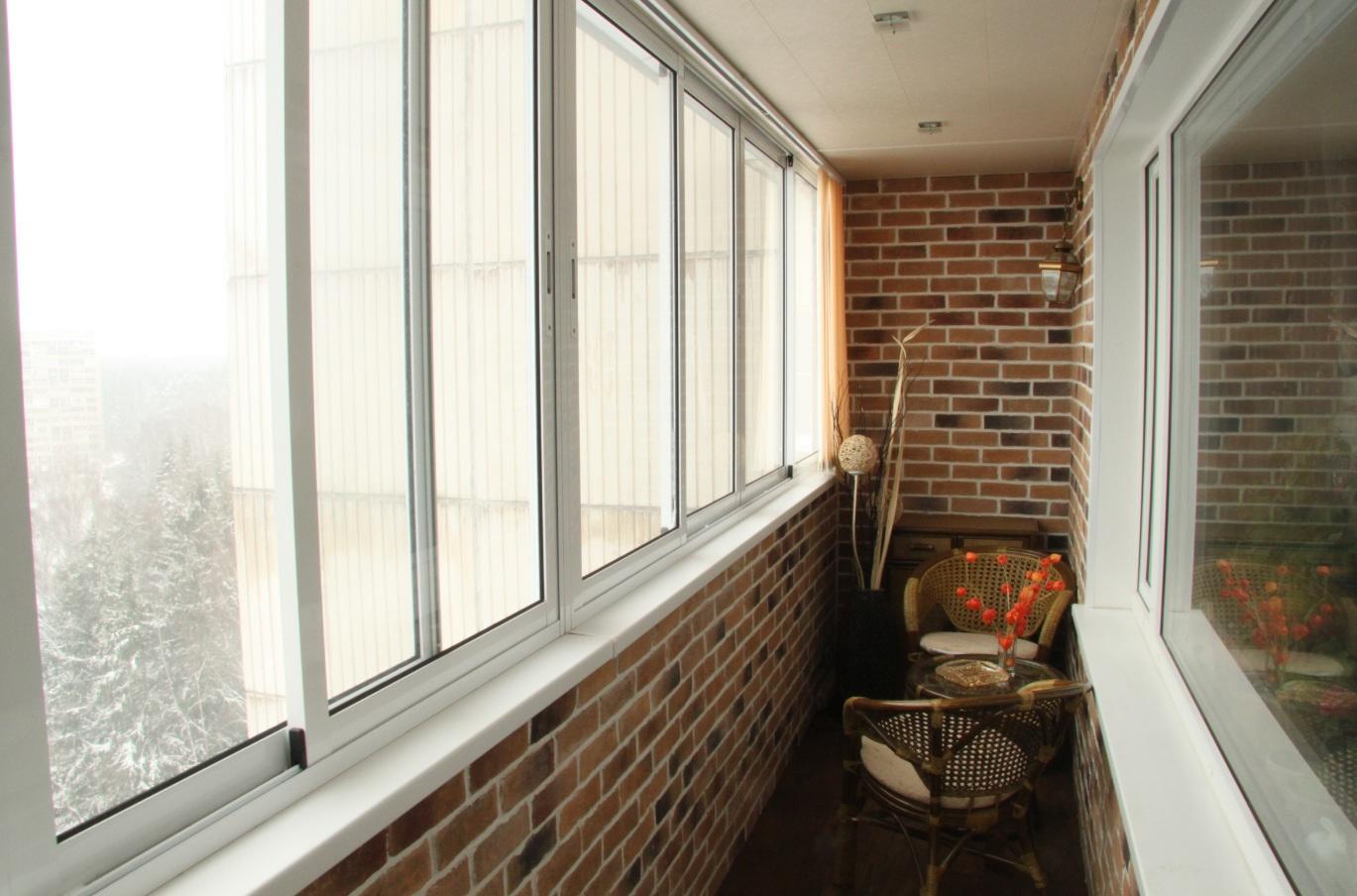 """Холодное"""" остекление балкона и лоджии от компании """"окошкино."""